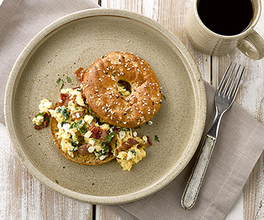 Warburtons Breakfast Protein Bagels