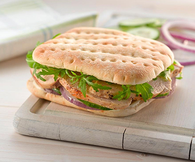 Warburtons Chicken Salad Sandwich Thin