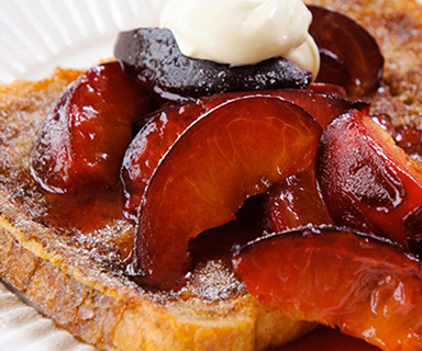 Warburtons Cinnamon Toast with Plums and Crème Fraîche