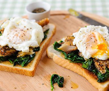 Warburtons Eggs Florentine with Mackerel on Toast