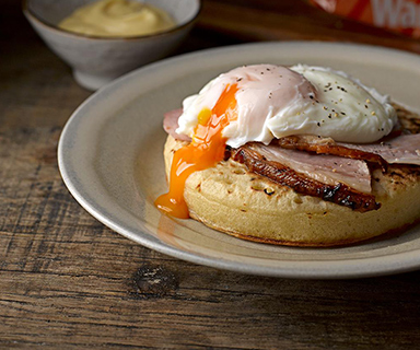 Ham and Poached Egg on a Warburtons Giant Crumpet