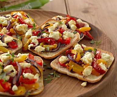 Warburtons Roast Pepper and Feta Thins