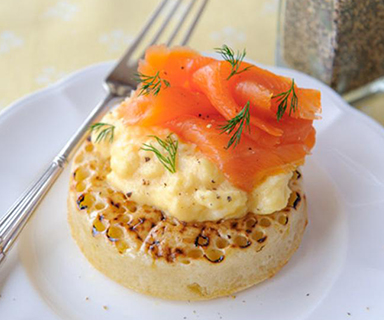 Warburtons Scrambled Egg and Smoked Salmon Crumpets