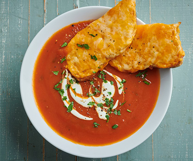 Roast Tomato and Red Pepper Soup, with Warburtons Cheesy Toasts