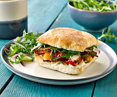 Warburtons Spiced Chicken, Houmous and Roast Pepper Rolls
